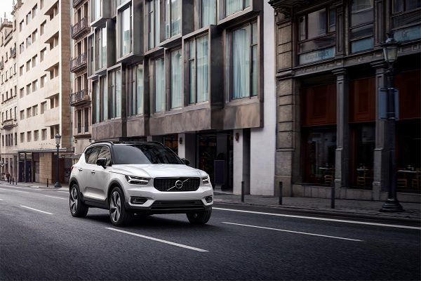 Volvo XC40 hybride rechargeable : quand le petit SUV se met à l'électrique