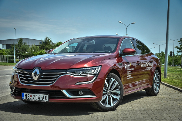 Renault accusé de malfaçons sur ses moteurs
