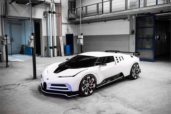 Bugatti Centodieci : un modèle pour marquer les 110 ans de Bugatti et un hommage à la mythique EB110