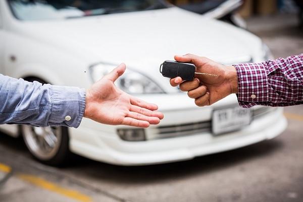 Votre prochaine voiture : quel carburant choisir ?