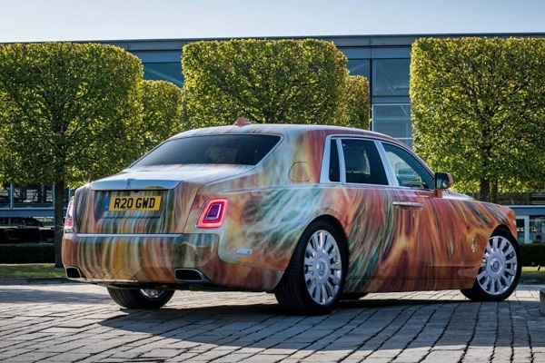 Rolls-Royce Phantom art cars