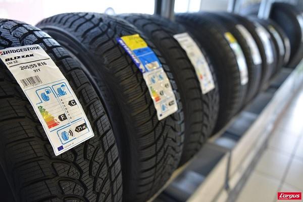 Étiquetage pneus