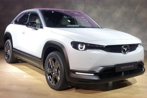 Mazda MX-30 : le premier modèle 100% électrique de Mazda est un SUV