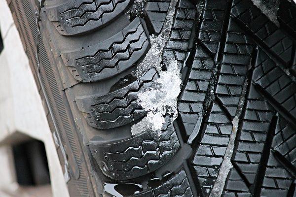 Avez-vous besoin de pneus hiver ou pouvez-vous choisir des pneus quatre saisons ?