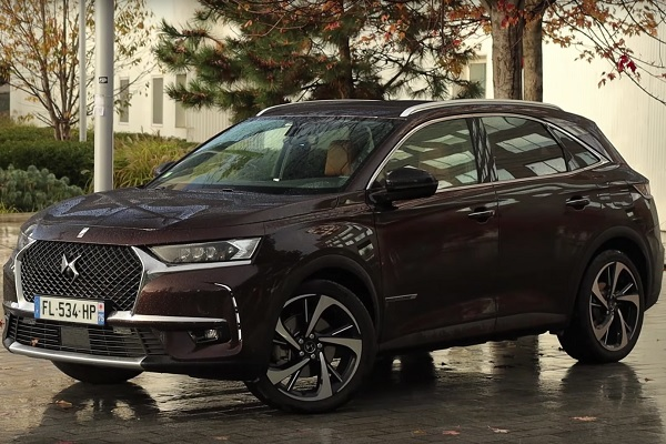 DS7 CrossBack E-Tense hybride rechargeable 4x4 300ch Grand Chic