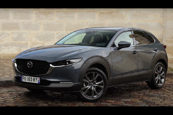 [Vidéo] Essai Mazda CX-30 2.0i SkyActiv-X 180ch Sportline : le SUV qui veut concilier les atouts de l'essence et du diesel