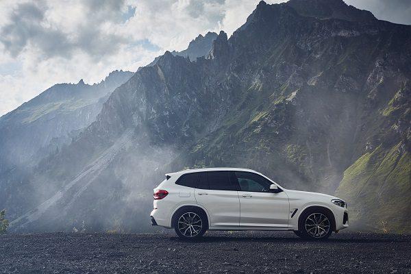 BMW X3: un restylage, de l'électrique, de l'hybride et une 4e génération en préparation
