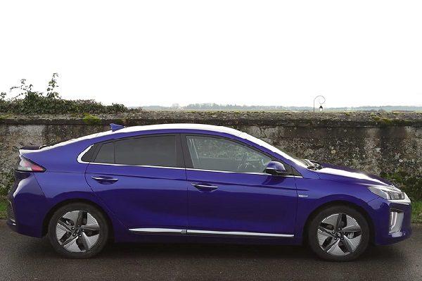 [Vidéo] Essai Hyundai Ioniq Hybrid 141ch Executive 2020: une hybride «simple et basique» à moins de 30000 €!