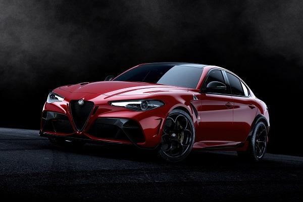 Alfa Romeo Giulia GTA et GTAm: la Quadrifoglio paraît presque trop sage!
