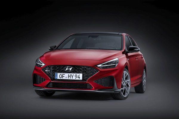Hyundai i30 N: restylée et agrémentée d'une boîte automatique