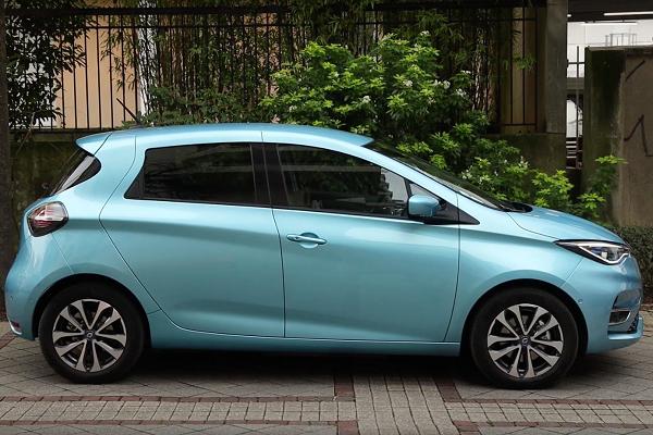 [Vidéo] Essai Renault Zoe 2 R135 Intens : la reine de l'électrique évolue