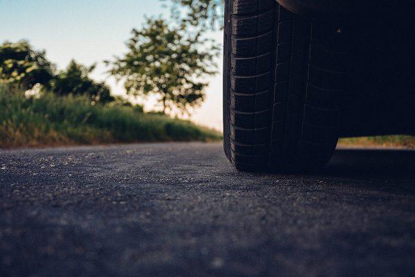 Pollution : les pneumatiques, nouveaux ennemis dans l'automobile ?