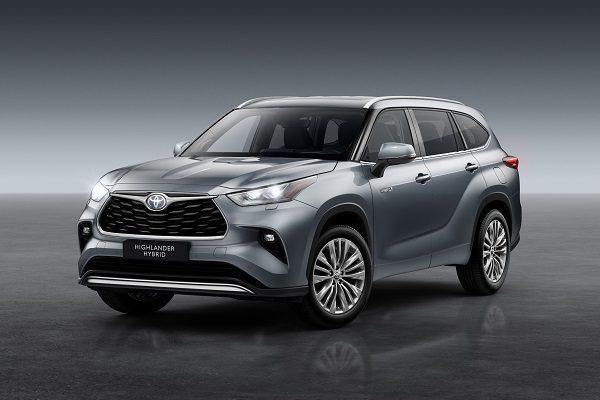 Toyota Highlander : le (nouveau) SUV à 7 places hybride venu du Japon