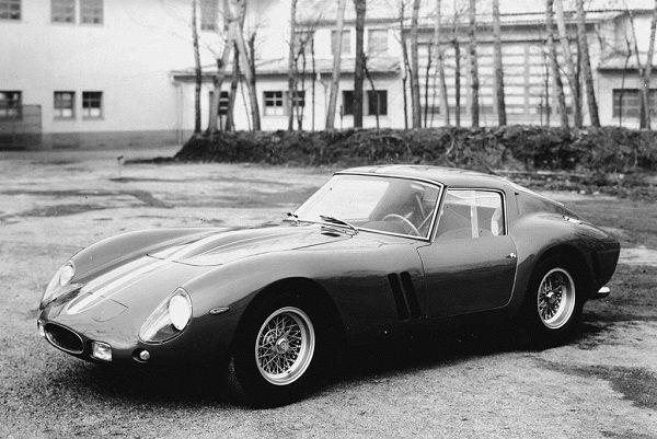 La voiture la plus chère du monde, elle aussi, déconfinée