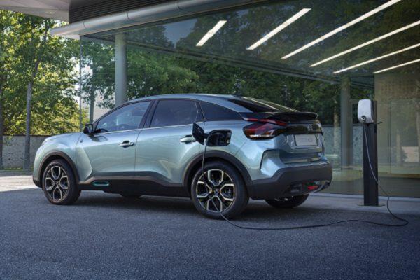 La nouvelle Citroën C4 sous tous les angles