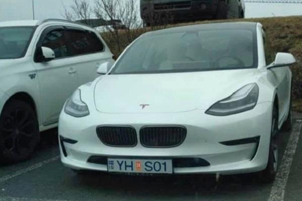 Quand la calandre d'une BMW se retrouve sur une Tesla Model 3