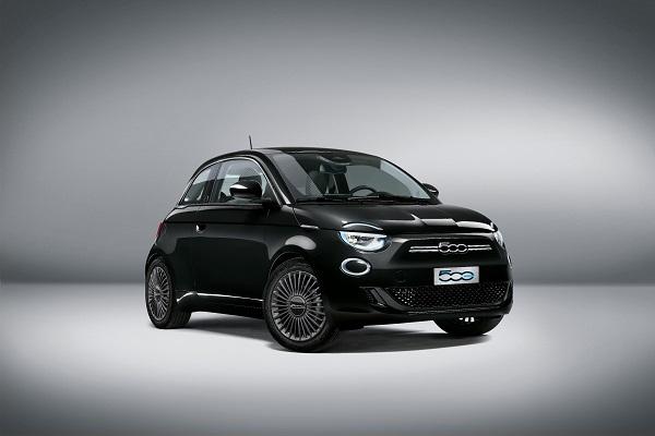 La «France Edition» de la Fiat 500 électrique proposée à partir de 22 900 € mais limitée à 500 exemplaires