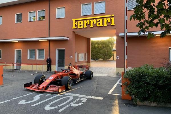 Un réveil vrombissant à Maranello, bastion de Ferrari