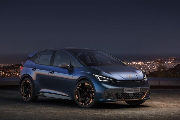 Cupra el-Born: berline sportive, première voiture électrique du constructeur