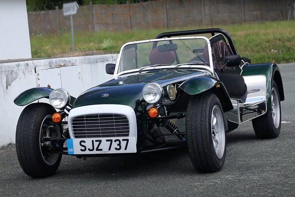 [Vidéo] Essai Caterham Super Seven 1600 1.6 135 ch : un véritable plaisir de conduite, un look vintage unique!