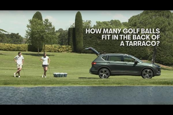 [Vidéo] 8 500 balles de golf dans le coffre du Seat Tarraco