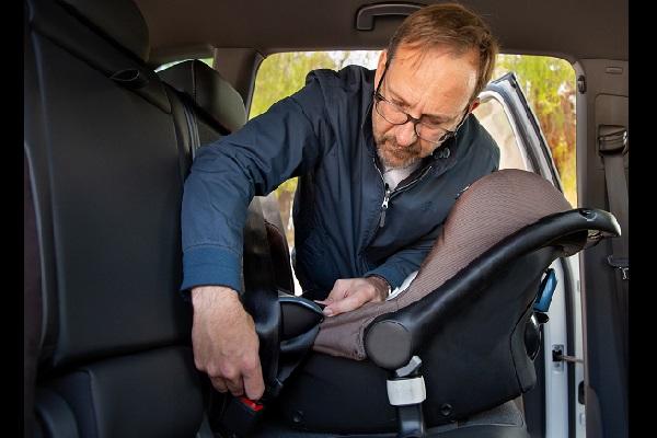 Reglementation sieges auto bebe