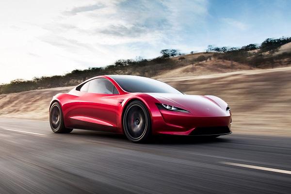 Plus de 40 000$ pour… une voiture sans permis !
