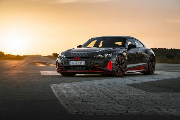 Tous les détails de l'Audi RS e-Tron GT