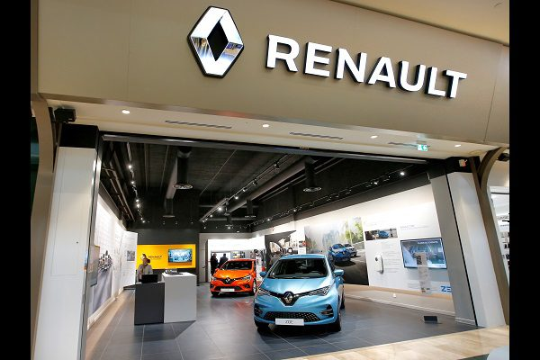 Renault va supprimer 2 500 postes, les syndicats valident l'accord de la direction