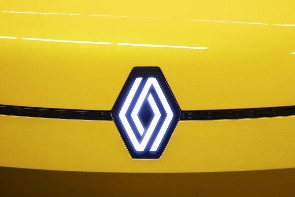 Le logo de Renault fait sa Renaulution