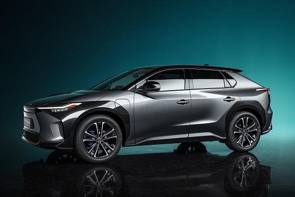 Concept Toyota bZ4X, la réponse nippone aux SUV électriques