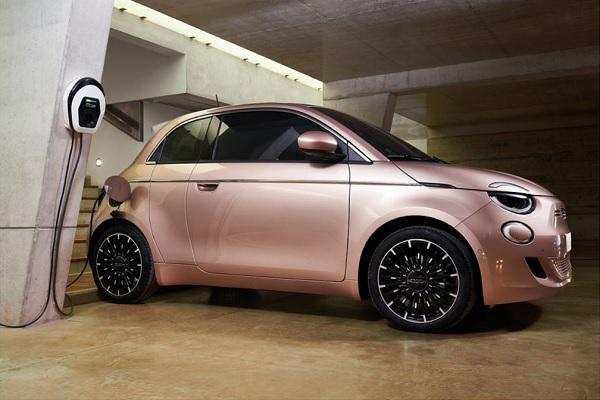 Fiat 500 electrique 3+1