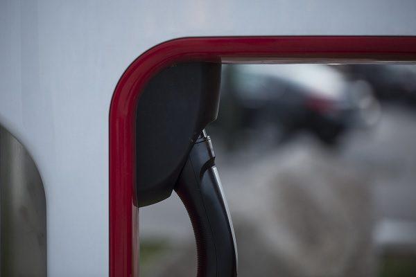 Où trouver en 2021 des bornes de recharge gratuites pour votre voiture ?
