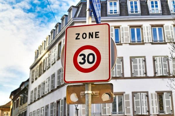 La circulation dans Paris limitée à 30 km/h : tout ce qu'il faut savoir