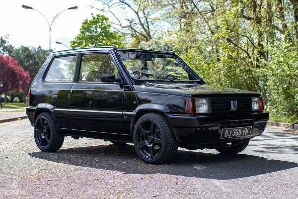 La Fiat Panda de Mister V vaut de l'or